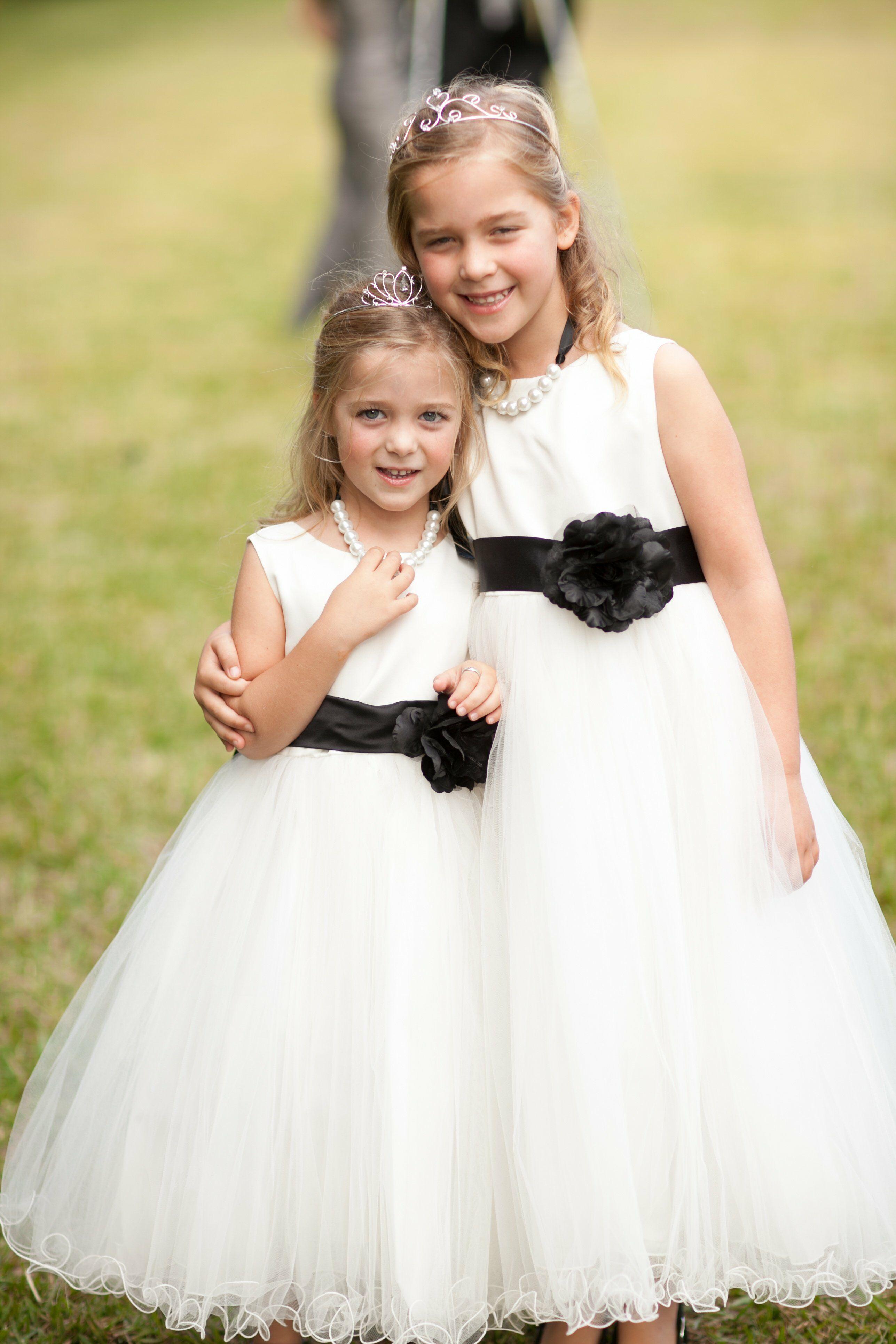 Black And White Flower Girl Dresses-4906
