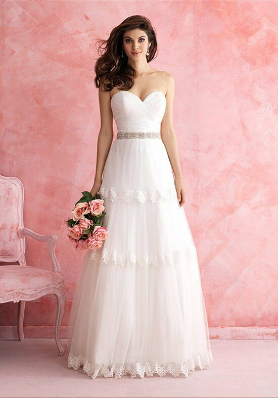 Allure Romance 2804 Wedding Dress photo