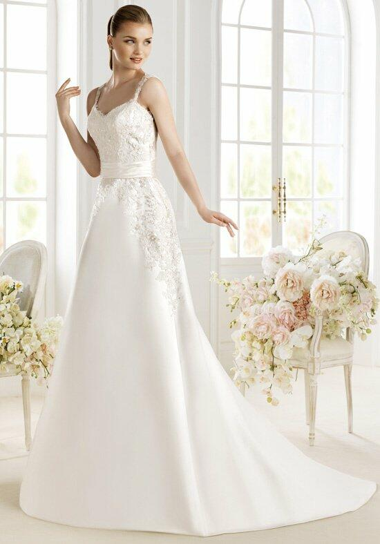AVENUE DIAGONAL Pasha Wedding Dress photo