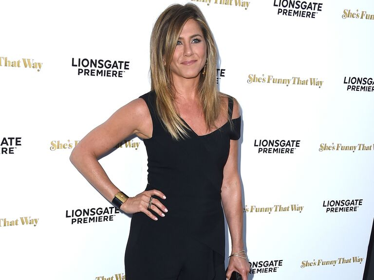 jennifer aniston at the premiere of shes funny - Jennifer Aniston Wedding Ring
