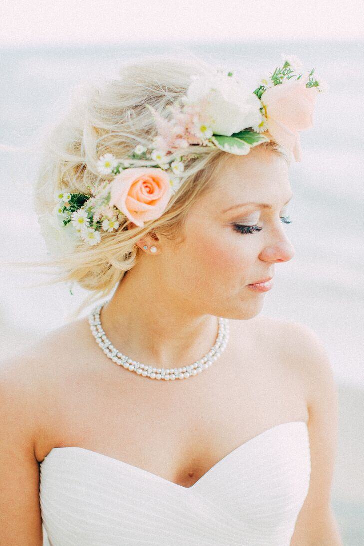 Blush and white rose flower crown izmirmasajfo