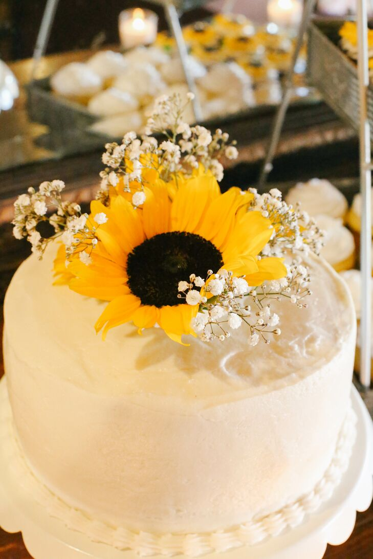sunflower cake toppers wedding sunflower and baby s breath cake topper 7824
