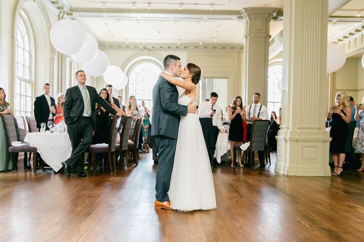 "Jen and Billy shared their first dance as a married couple to Maroon 5's classic ""Sunday Morning."""