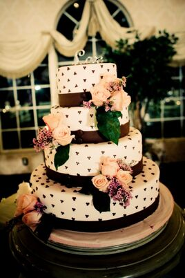 wedding cakes desserts in montauk ny the knot. Black Bedroom Furniture Sets. Home Design Ideas