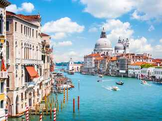 Venice, Italy romantic honeymoon
