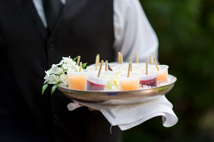 Miniature fruit-flavored ice pops served as sweet passed appetizers during Faith and Brent's outdoor cocktail hour, as well as a nice break from the Savannah, Georgia, summer heat.
