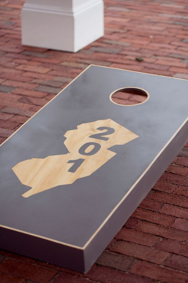 Custom New Jersey–Themed Cornhole Board