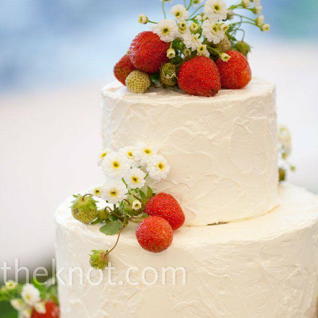 Outdoor Wedding Cake Ideas: Garden-themed Wedding Cake