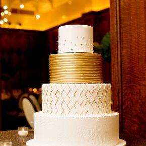 4c3dacbe245311e7b58912072ec58d1asc290290 - Gold Wedding Cakes