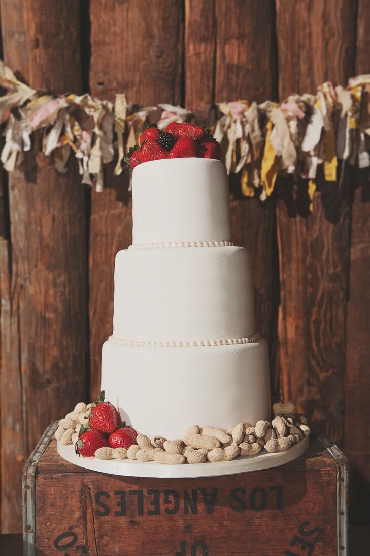 wedding cakes scottsdale az a desert foothills wedding in scottsdale arizona 25444