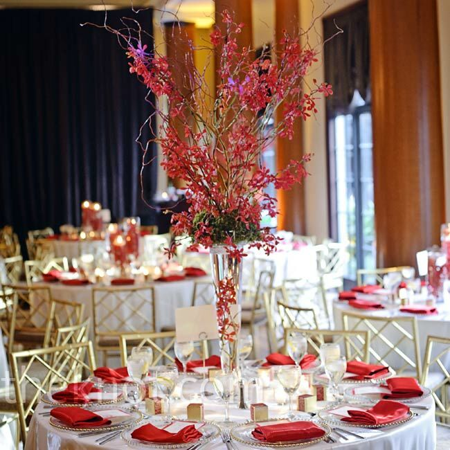 Tall modern centerpieces