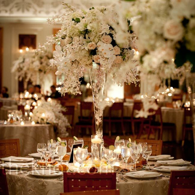 Beautiful Table Centerpieces: Elegant White Floral Centerpieces