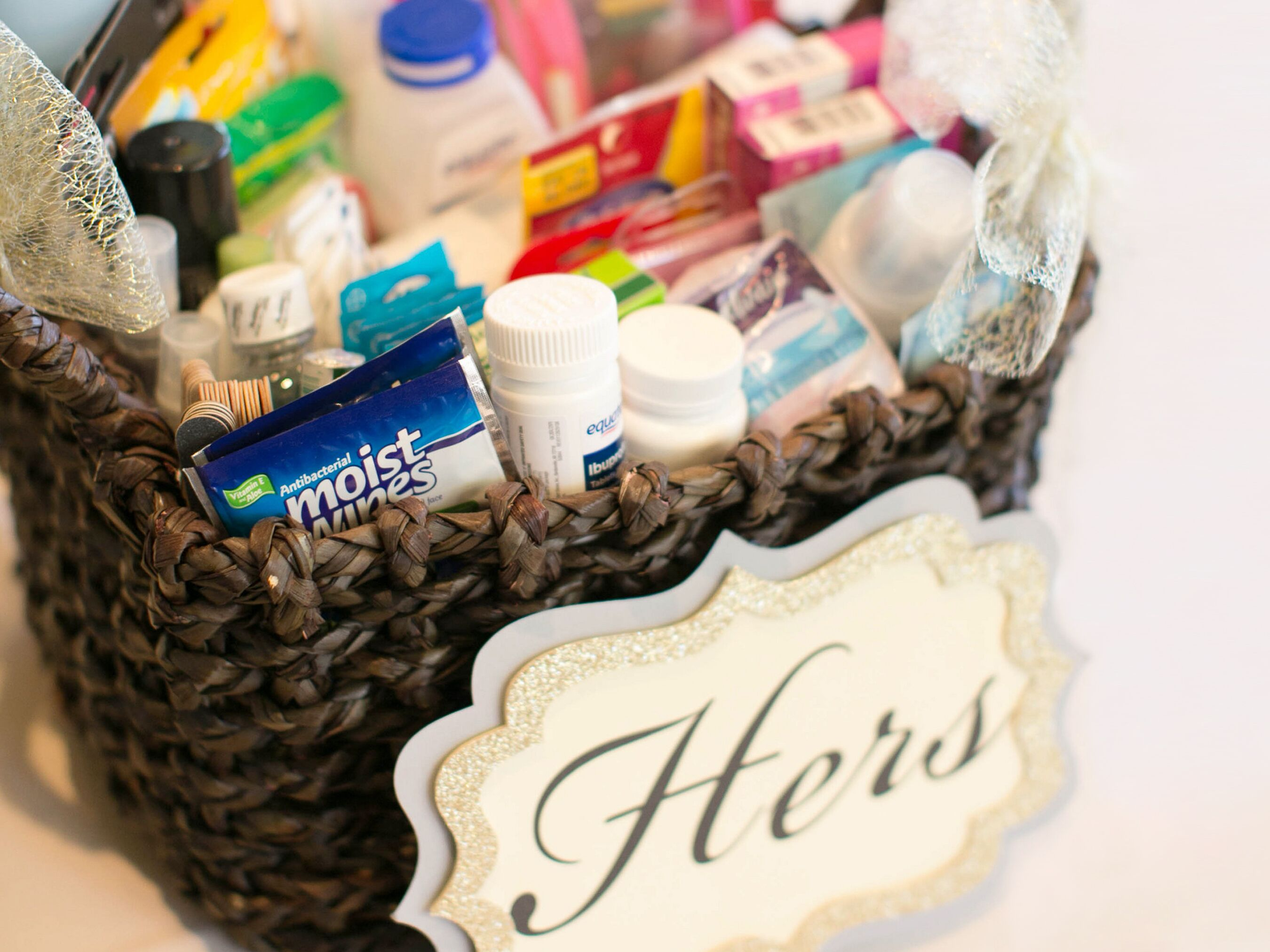 What to put in a wedding bathroom basket for Bathroom basket ideas for wedding