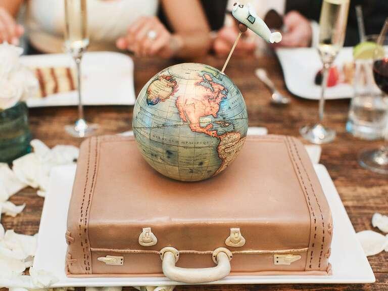 Wedding Gift Etiquette Make Check Out : 4db3f3f9 ae76 41cd 80b1 babf032e3b7d~sc 768.576