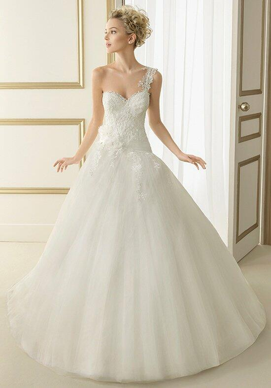 Luna Novias 163-ESTELA Wedding Dress photo