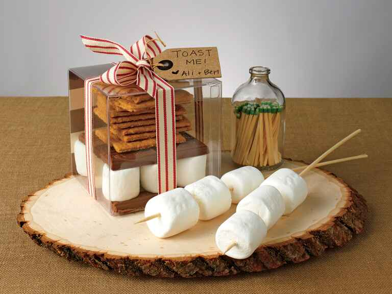 How To Diy A S Mores Kit Wedding Favor