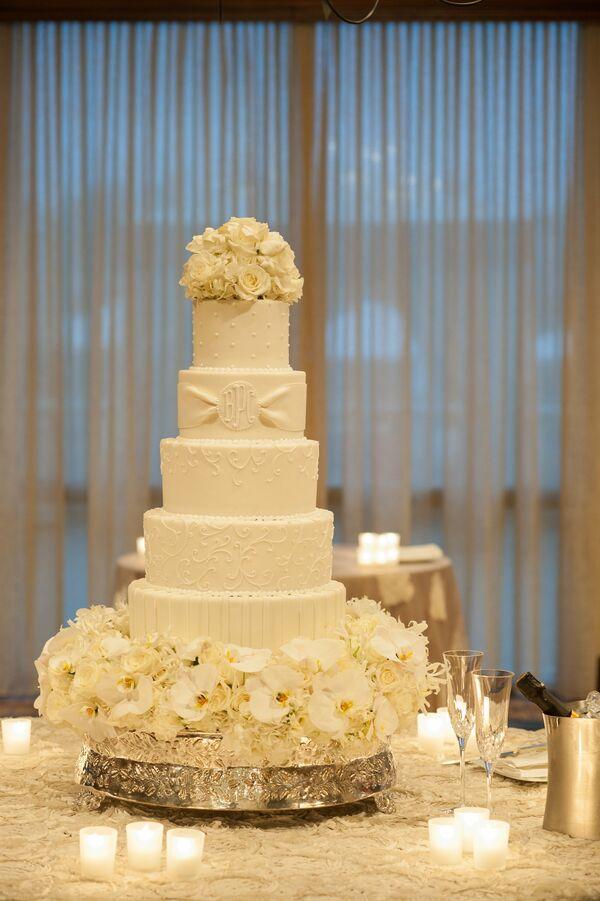 Monogram Wedding Cakes