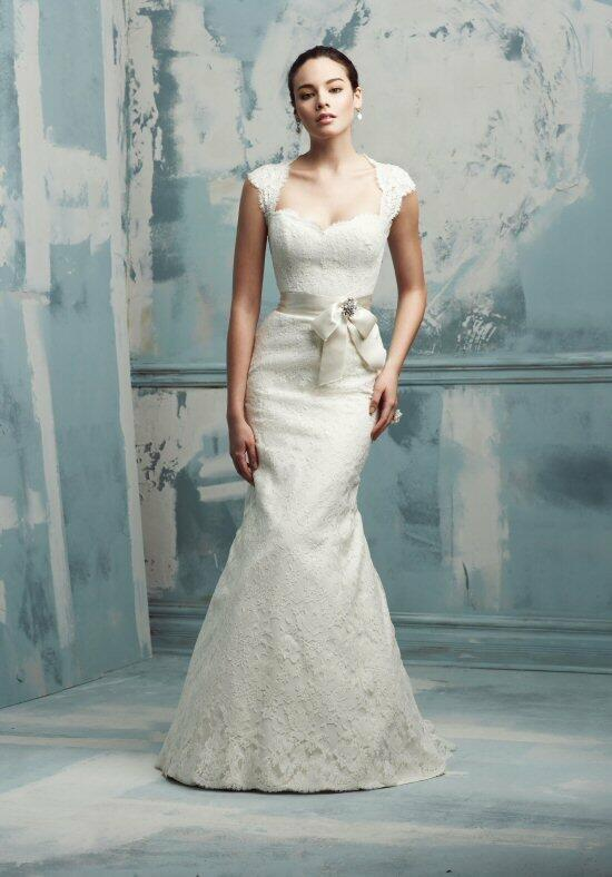 Paloma Blanca 4105 Wedding Dress photo