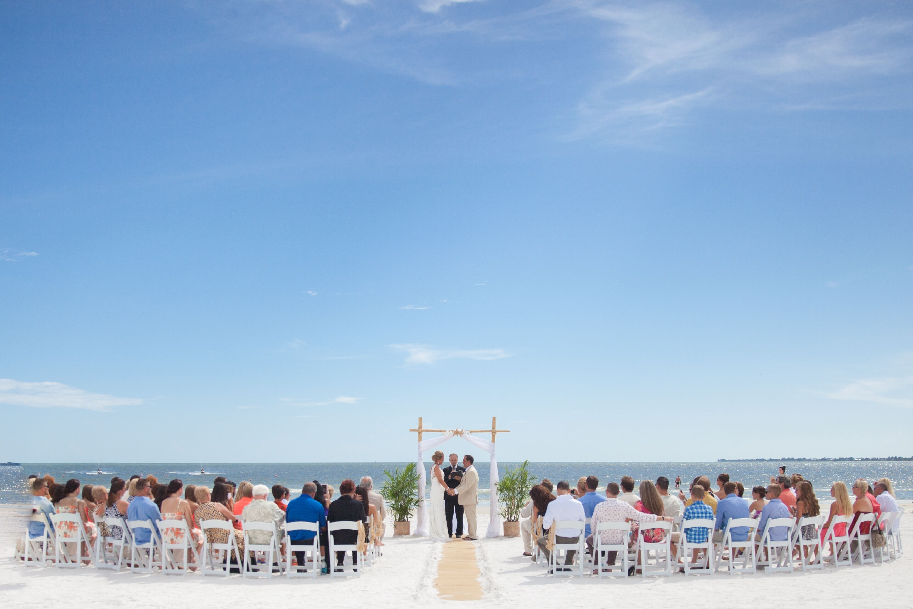 Myers Wedding Gift Registry: Waterfront Ceremony In Fort Myers Beach, Florida