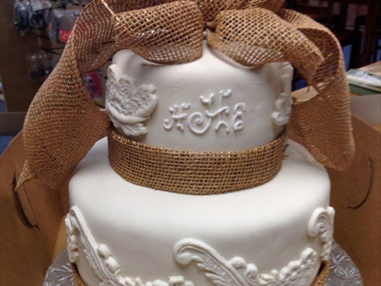 Wedding Cakes in Jackson