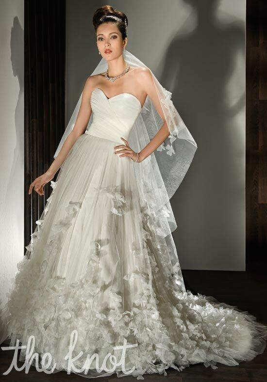 Demetrios 533 Wedding Dress photo