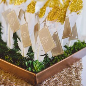 Diy wedding escort place cards diy gold glitter dipped feather escort cards solutioingenieria Images