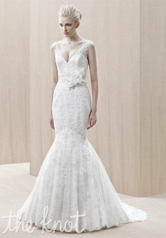 Blue by Enzoani Eldorado Wedding Dress photo