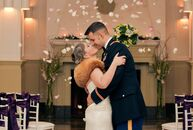 Kelly Jean (33, an Army commander) and Michael Langan (32, in Army networking) happened to be seated at the same table at a retirement dinner while th