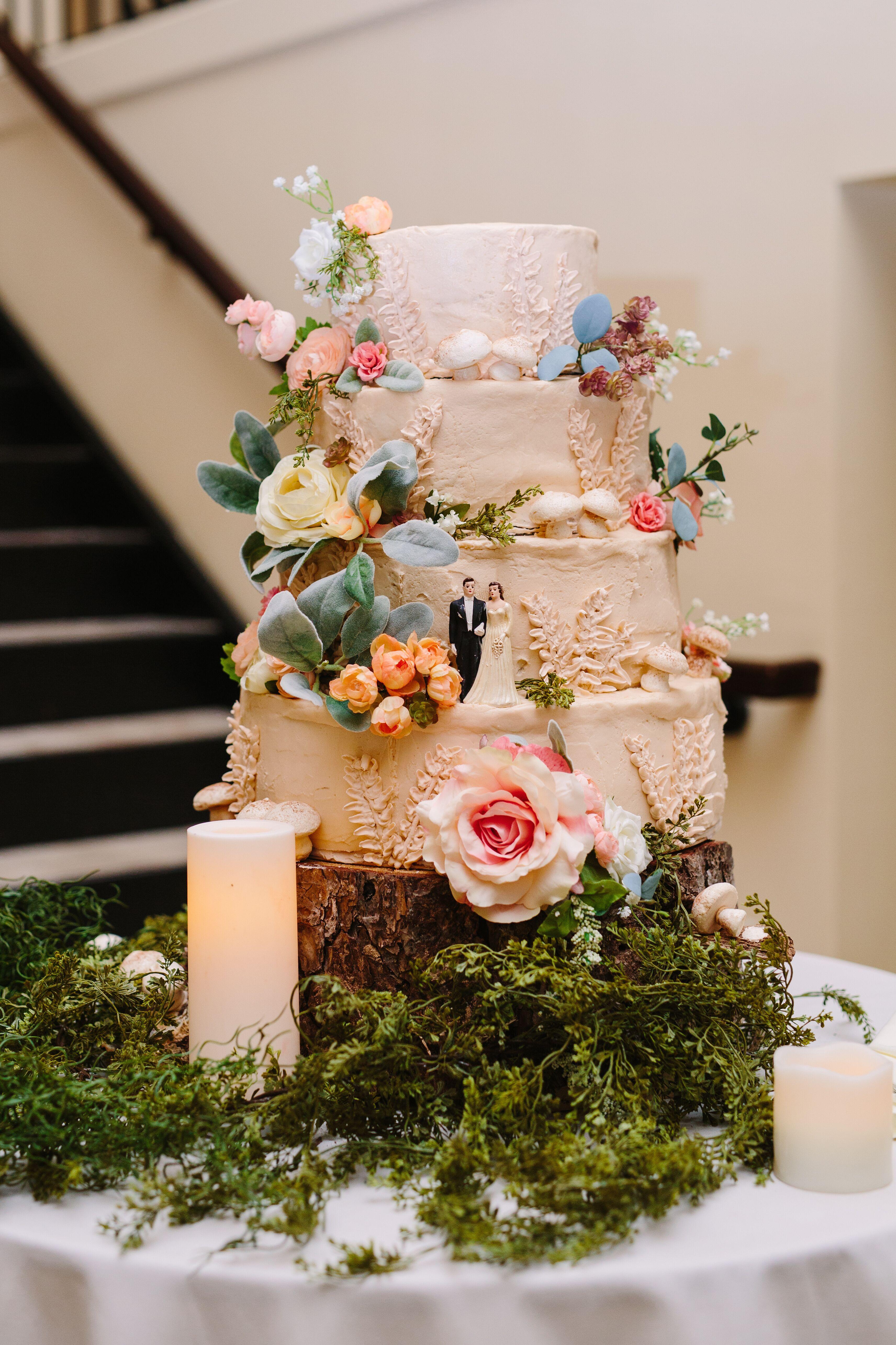 rustic wedding aisle decoration ideas - EmmaLovesWeddings