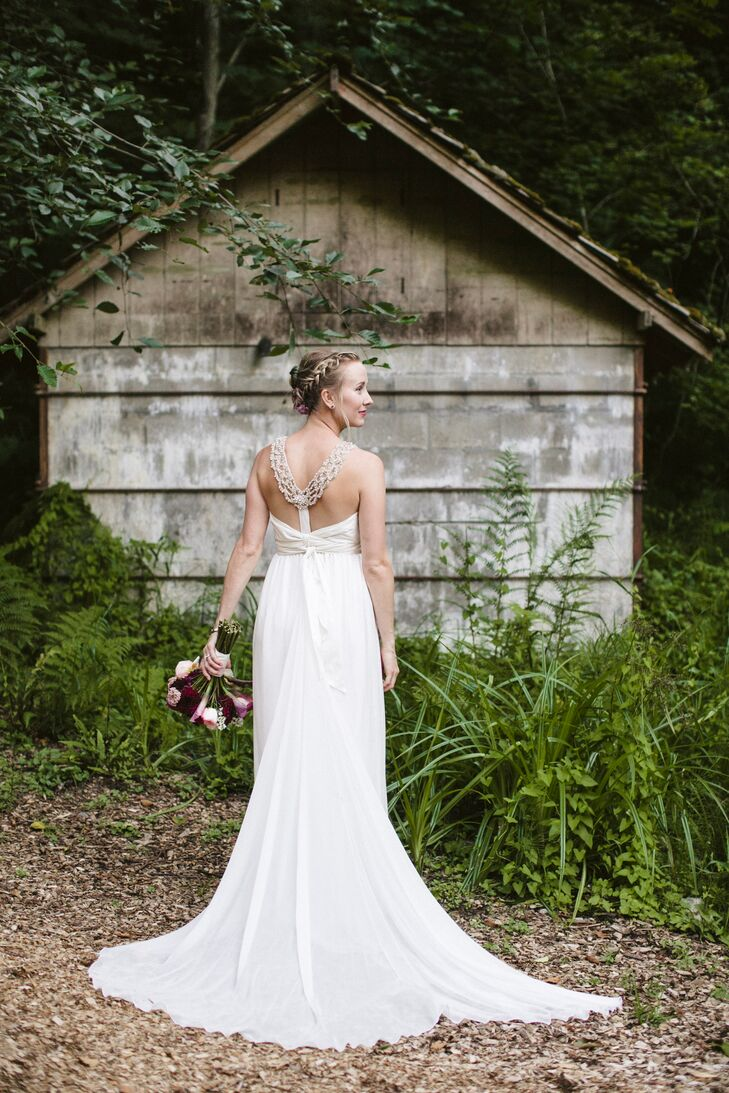 Anna Campbell Long Ivory Wedding Dress