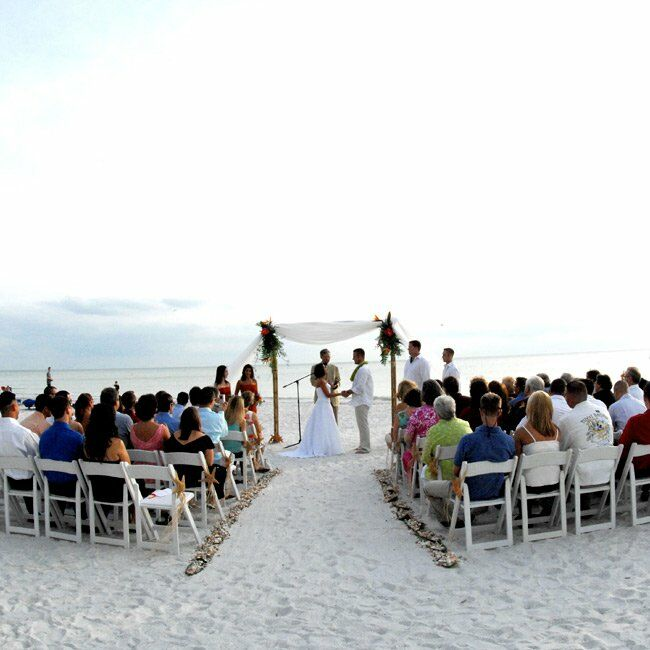 Florida Beach House Weddings: Lindsay & Chris: A Beach Wedding In North Redington Beach, FL