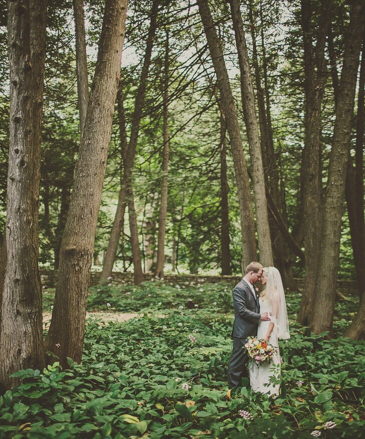 A simple outdoor wedding in fish creek wi for Whistling swan fish creek
