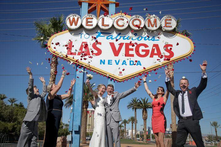 Chapel Of The Flowers Las Vegas Nv
