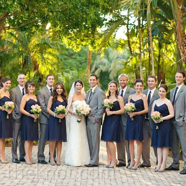 Wedding Parties: Casual Wedding Party Looks
