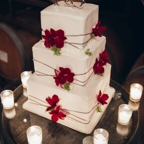 Ivory Wedding Cake Red Flowers