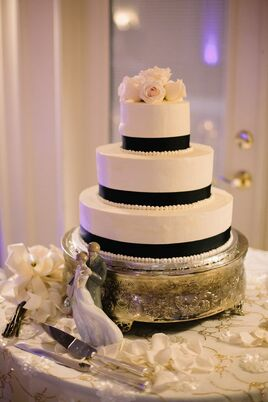 Cake Design Hialeah : Wedding Cakes + Desserts in Miami, FL - The Knot