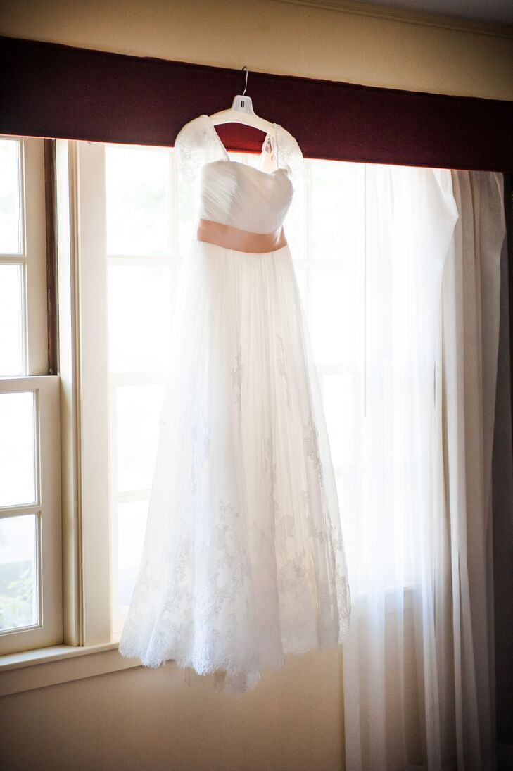 Lori had quite a few alterations to her Pronovias gown--it was originally a one shoulder gown with a beaded belt!