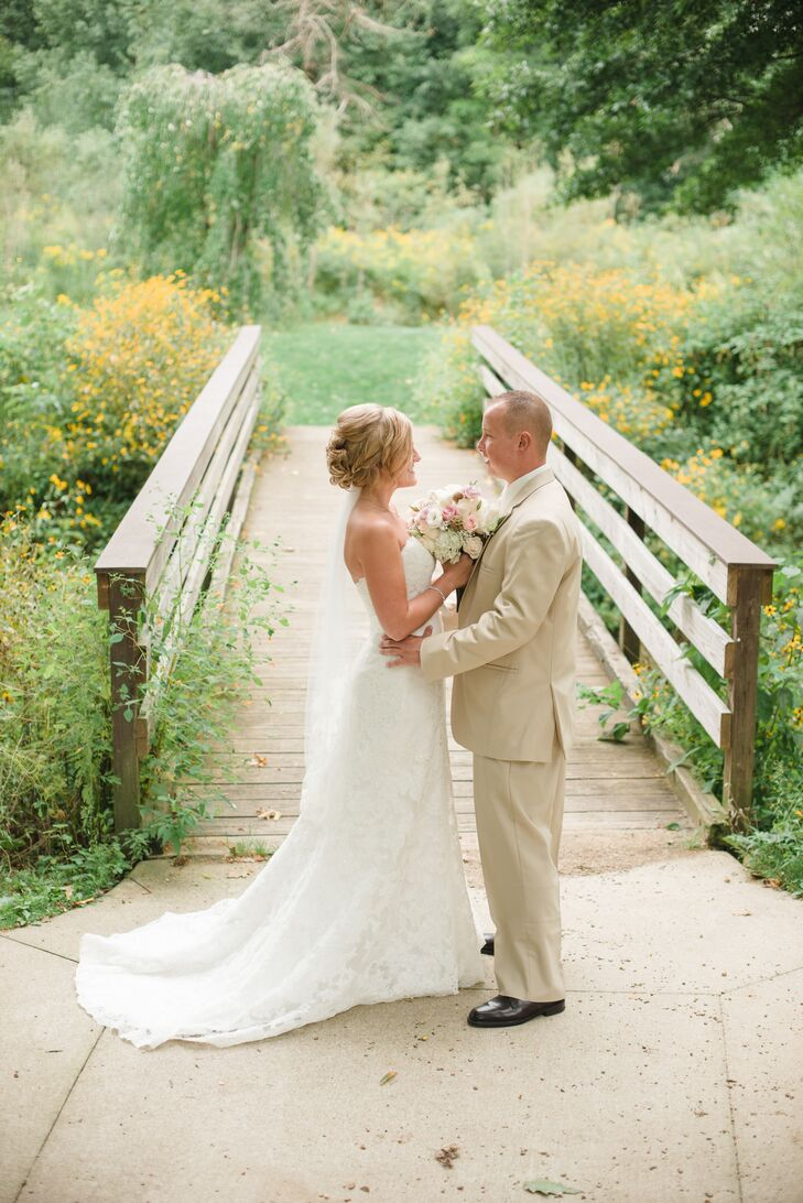 a rustic backyard wedding at a private residence in kent ohio