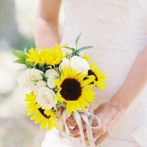 a diy sunflower bouquet