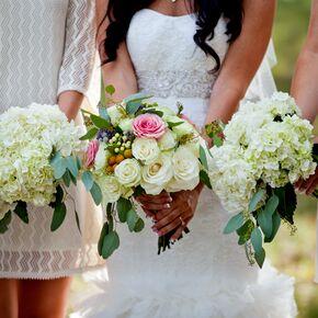 DIY Hydrangea Wedding Bouquets