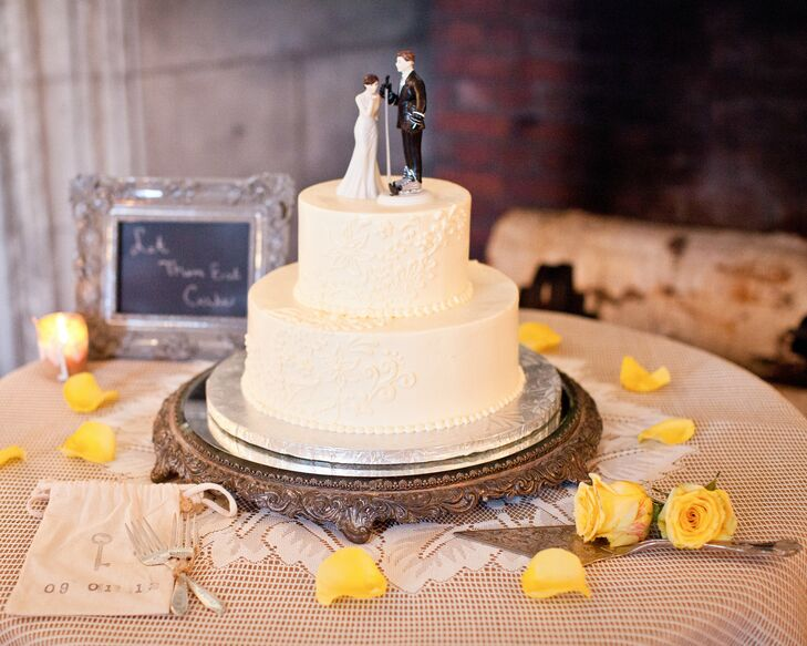 hockey themed wedding cakes hockey theme cake topper 15261