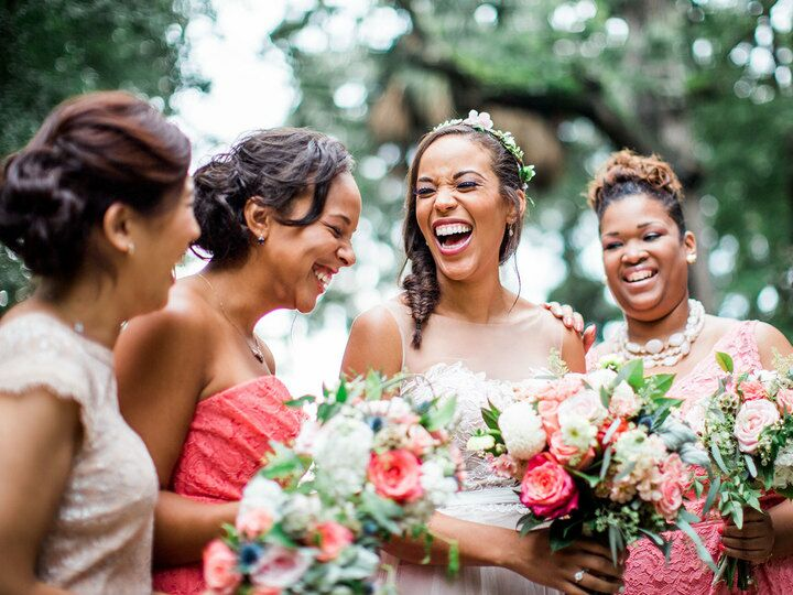 Bride with her bridal party