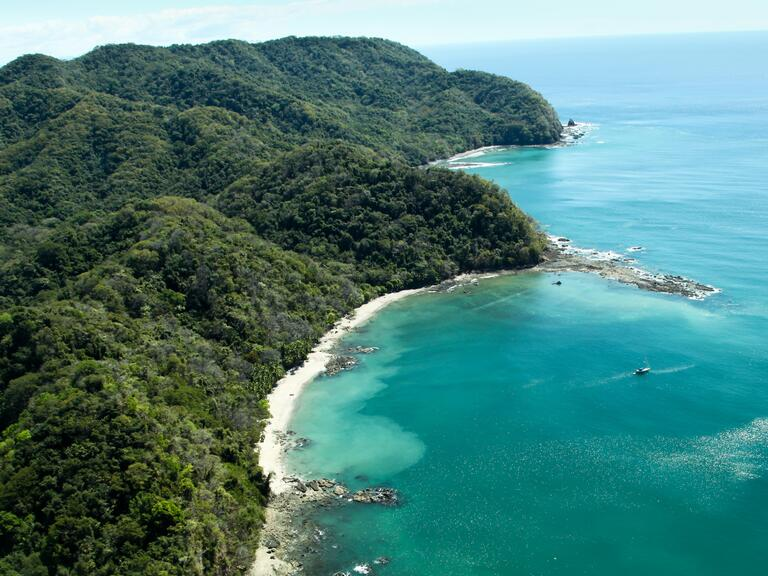 Far-Flung wedding destination: Costa Rica