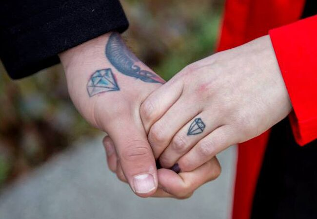Tattoo Wedding Ring Ideas For Brides And Grooms