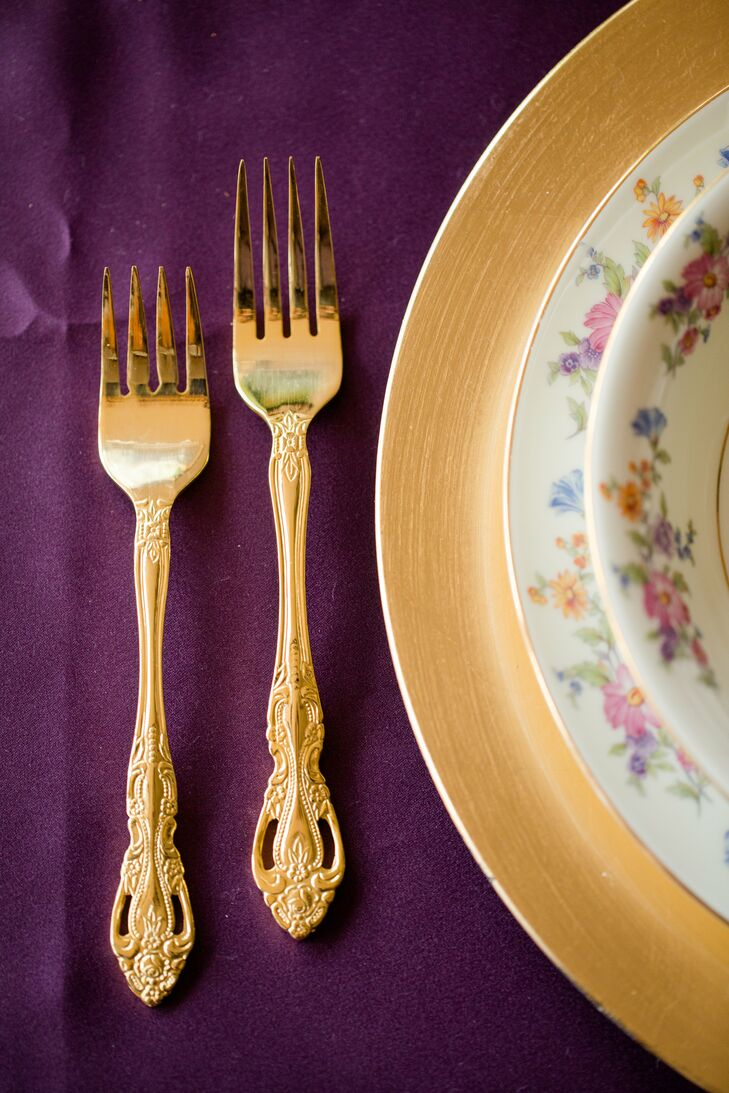 Gold flatware added an elegant, sophisticated touch to the table decor.