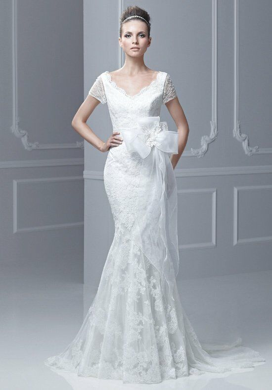 Blue by Enzoani Felda Wedding Dress photo