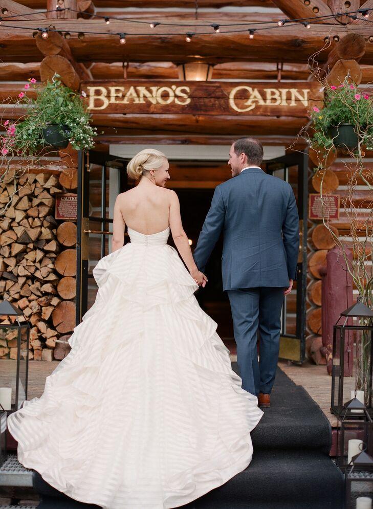 A plaid mountain wedding at beano s cabin in avon colorado for Beano s cabin beaver creek