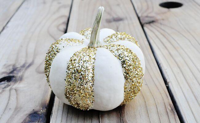 15 DIY Pumpkin Decorating Ideas You'll Love