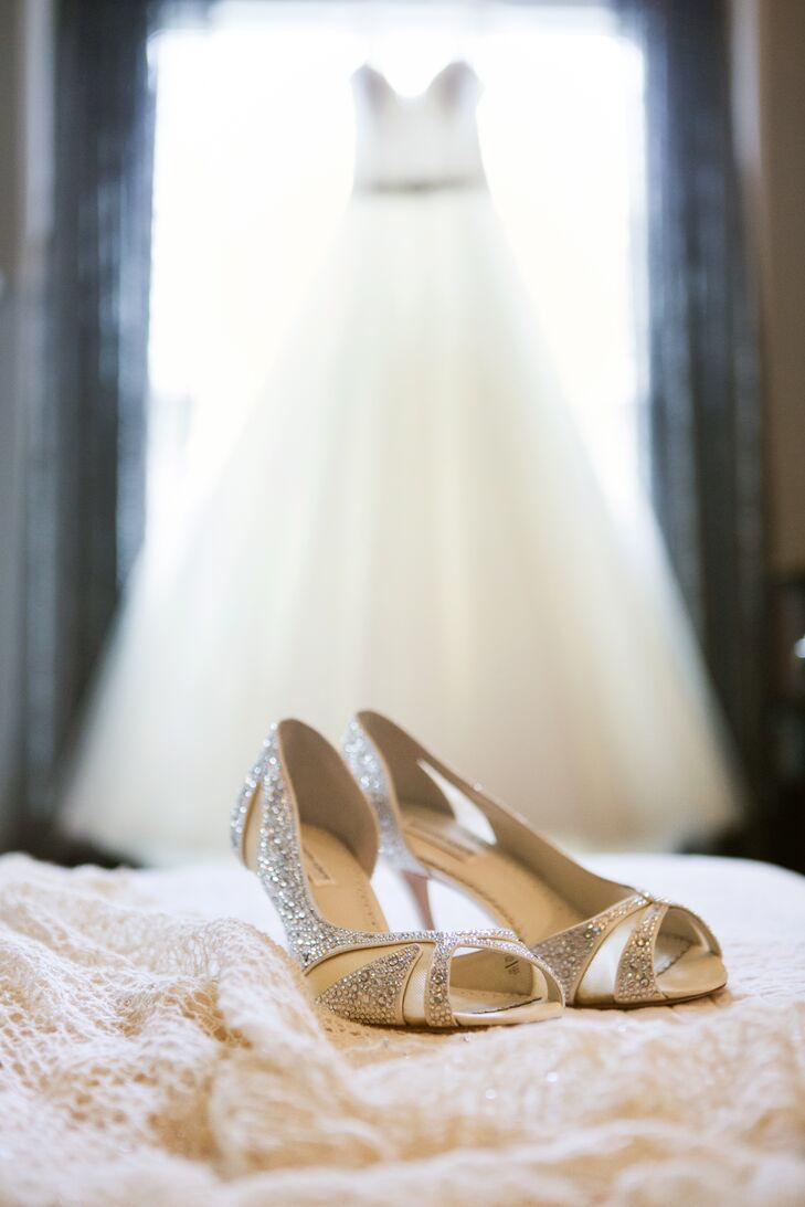 Elena picked out a pair of silver open-toe shoes designed by Benjamin Adams that sparkled and shined. The heels added a touch of glam to her elegant look.