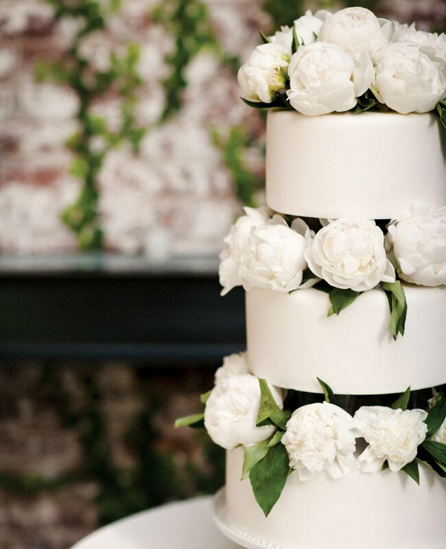 Photo  Cly Creation   Featured  The Knot BlogFeast Your Eyes on These 15 Fresh Flower Wedding Cakes. Fresh Flower Wedding Cakes. Home Design Ideas